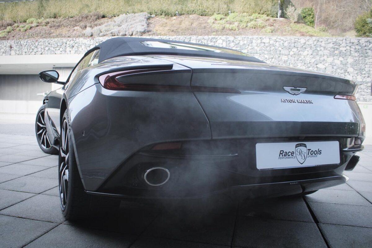 Aston Martin DB 11 Volante Leistugnssteigerung RaceTools